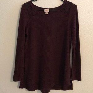 Lightweight maroon sweater
